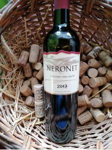 Boris wine Neronet