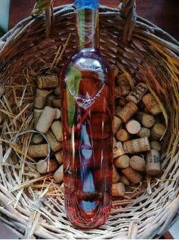 Jahodové víno 1l
